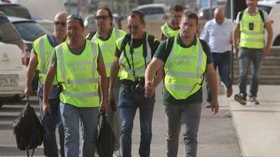 La Guardia Civil busca en sedes de Unipost material del referéndum