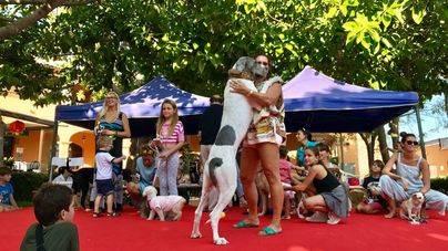 SOS Animal recauda 12.000 euros en su fiesta de Puerto Portals