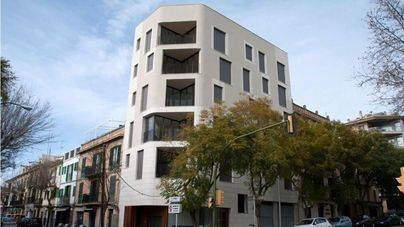 """La """"altura excesiva"""" de un edificio en Santa Catalina indigna a ARCA con Cort"""