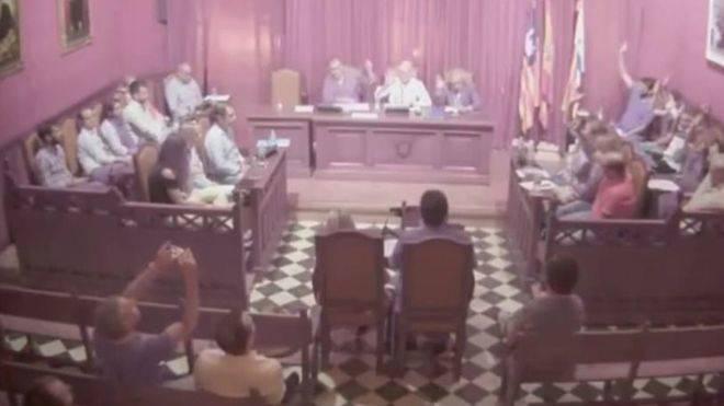 """Vecinos piden la """"independencia"""" de s'Arenal de Llucmajor y que sea anexionado por Palma"""