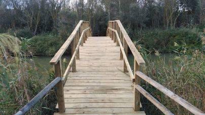 Reemplazados los dos puentes de acceso al observatorio de s'Albufera