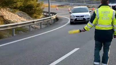 Una colisión múltiple de 6 vehículos colapsa el túnel de Génova
