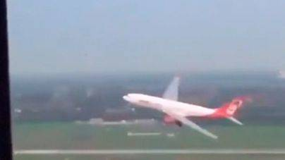 Suspendidos dos pilotos por una maniobra temeraria: 'Queríamos una despedida digna'
