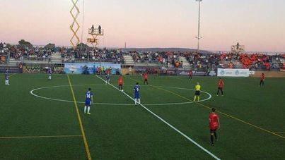 El Formentera empata contra el Athletic (1-1) y mantiene la esperanza