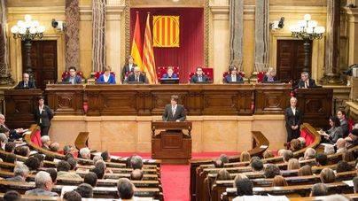 El Parlament se reúne para aprobar