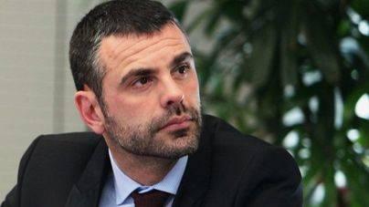 El conseller Santi Vila presenta su dimisión tras la decisión de Puigdemont de no convocar elecciones