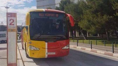 Los taxistas de la FEBT recurren a los tribunales contra el Govern por la concesión del Aerotib