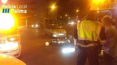 Un motorista resulta herido tras chocar con un coche en Palma