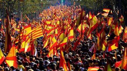 Masiva manifestación en Barcelona a favor de la unidad de España