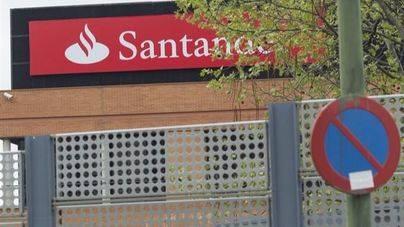 Santander y Popular reestructuran la plantilla con los sindicatos
