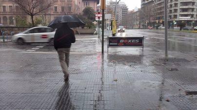 Probabilidad de chubascos con tormentas fuertes en Balears