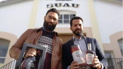 Suau ficha al 'bartender' Matias Iriarte como embajador de la marca