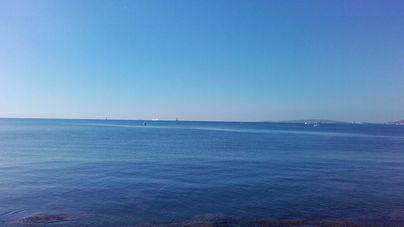 Cielo poco nuboso este domingo en Balears y cambios para el lunes