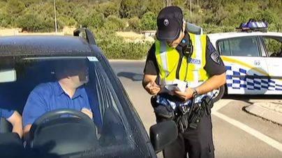 Buscan a dos encapuchados que han atracado a punta de pistola unos recreativos en Santa Ponça