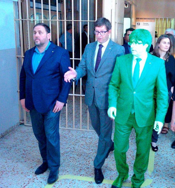 El holograma de Puigdemont visita a Junqueras en la cárcel de Estremera