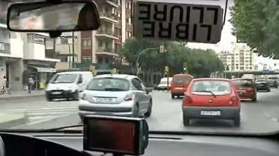 En estado grave un taxista apuñalado en Palma por un cliente que se ha dado a la fuga