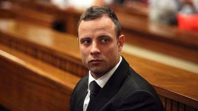 Sube a 13 años la condena a Pistorius por asesinar a su novia