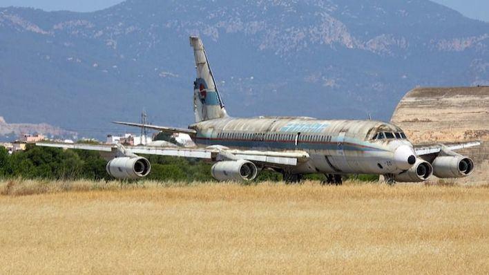 El Consell recuperará el histórico avión Coronado abandonado en la base aéra de Son Sant Joan