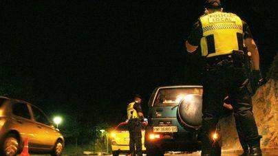 Calvià refuerza el dispositivo policial para evitar las peleas de bandas en Peguera los fines de semana