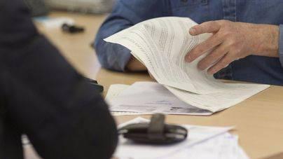 El paro cae en Balears en 4.414 personas en noviembre y se sitúa en 63.981 desempleados