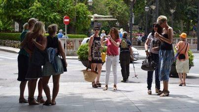 Los turistas que visitaron Balears gastaron 14.300 millones de euros hasta octubre