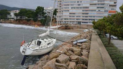 'Ana' deja 70 incidencias en Balears: rutas anuladas y El Molinar engullido por el mar