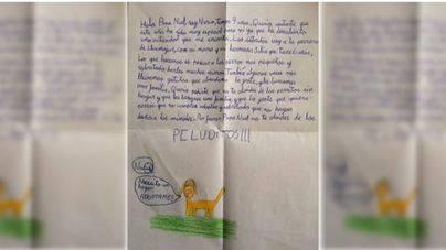 La carta a Papa Noel de una niña de Mallorca que emociona: 'No te olvides de los peluditos'