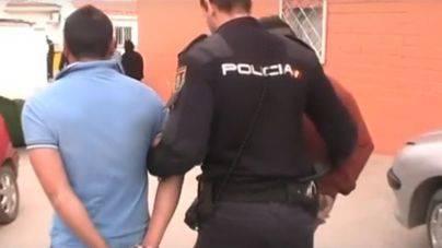 Detenidos dos dominicanos en la Soletat por prostituir a chicas fugadas de centros de menores