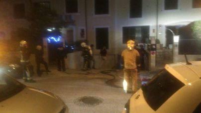 La rápida acción de los bomberos evita que una casa arda en Marratxí
