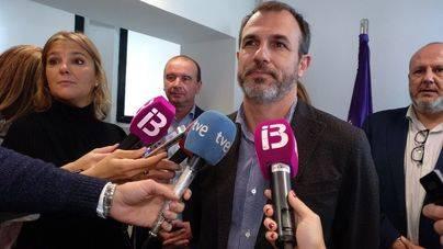El BOIB publica el cese de Barceló mientras PSIB y Més negocian su relevo