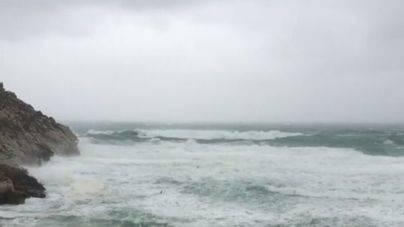 Lluvias y alguna tormenta este lunes en Mallorca