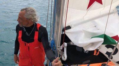 El 'Ocean Dream' salva a un navegante solitario