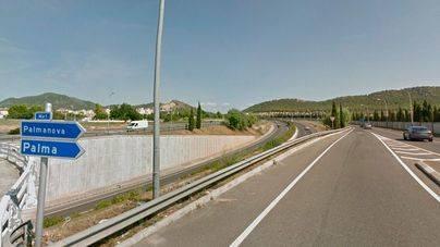 Muere un conductor al caer a la autopista de Andratx desde la incorporación de Santa Ponça