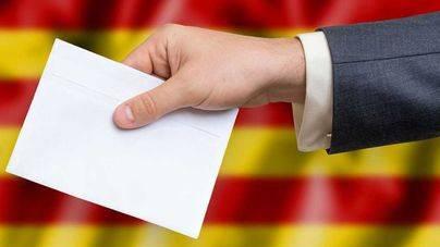 Más de 5,5 millones de catalanes citados a votar en unos comicios excepcionales