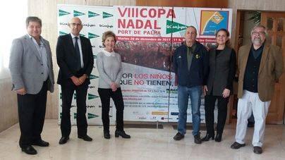 Chapuzón solidario por Mallorca Sense Fam en la VIII Copa Nadal Port de Palma-El Corte Inglés
