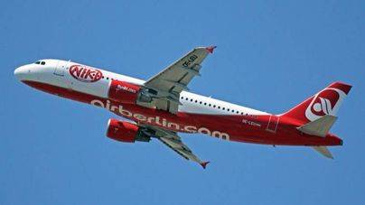IAG compra la aerolínea austríaca NIKI por 20 millones de euros