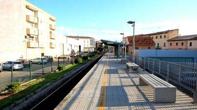Inician las obras de las nuevas 50 plazas de aparcamiento de la estación de tren de Sa Pobla