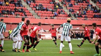 El Mallorca se atasca y no pasa de un empate a cero frente al Peralada