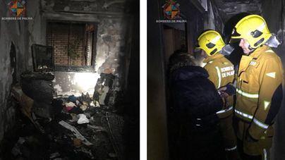 Seis intoxicados por humo en el desalojo de un edificio por un incendio en Palma