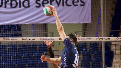 El Urbia Voley Palma sigue intratable