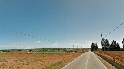Herido grave un conductor tras volcar en la carretera Llubí-Sa Pobla