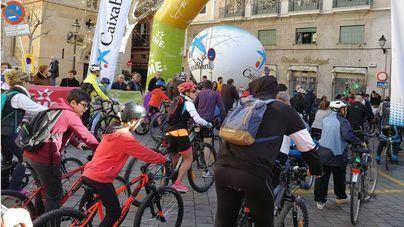 12000 personas participan en la Diada Ciclista de Sant Sebastià