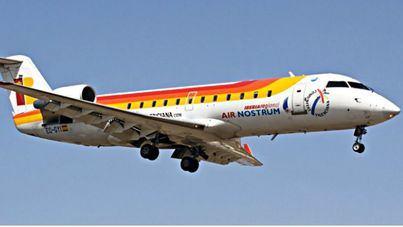 Air Nostrum añade dos vuelos a la ruta entre Menorca y Mallorca