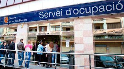 El paro en Balears bajó un 8,27 por ciento en 2017, situándose en 75.100 desempleados