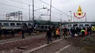 Cuatro muertos y un centenar de heridos en un accidente de tren en Italia