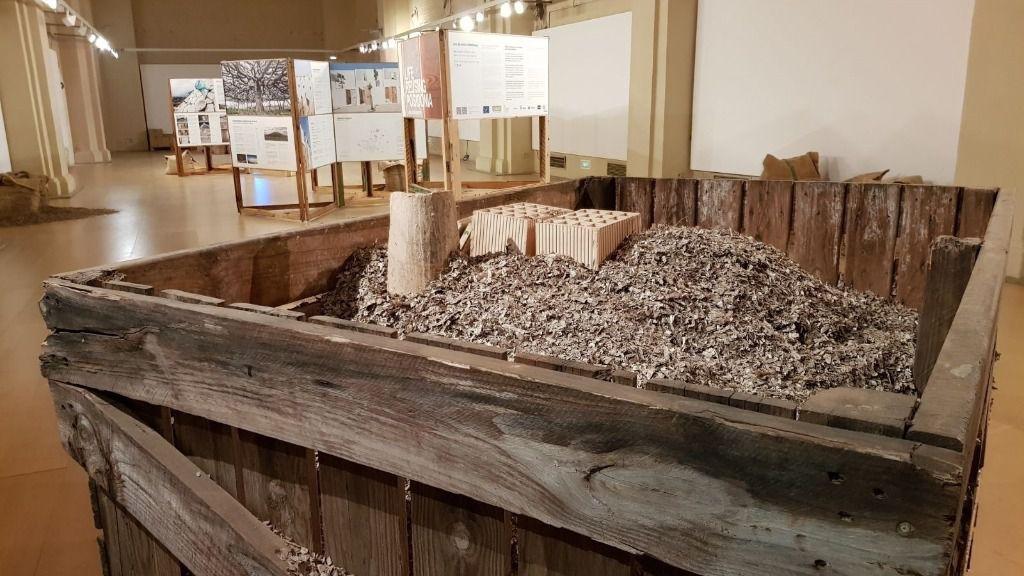El Ibavi inaugura en Sevilla la exposición 'Reusing Posidonia'
