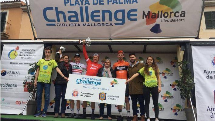 Toms Skujiņš gana la tercera prueba de la Challenge Ciclista a Mallorca
