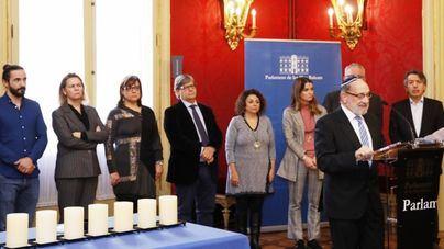 Recuerdan a las víctimas del Holocausto en el Parlament