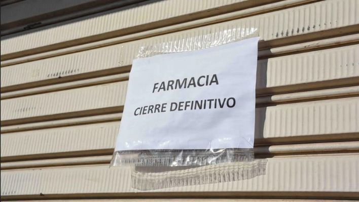 Los vecinos de Calonge se quedan sin farmacia de forma indefinida