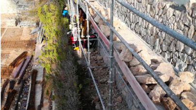 Herido leve un trabajador al caer desde un andamio de dos metros en Son Vida